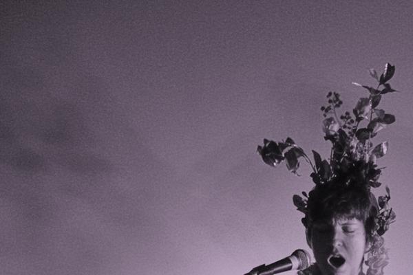 nona grant concert, paper feed fest, Ausschnitt aus einem Foto von Christian Punzengruber