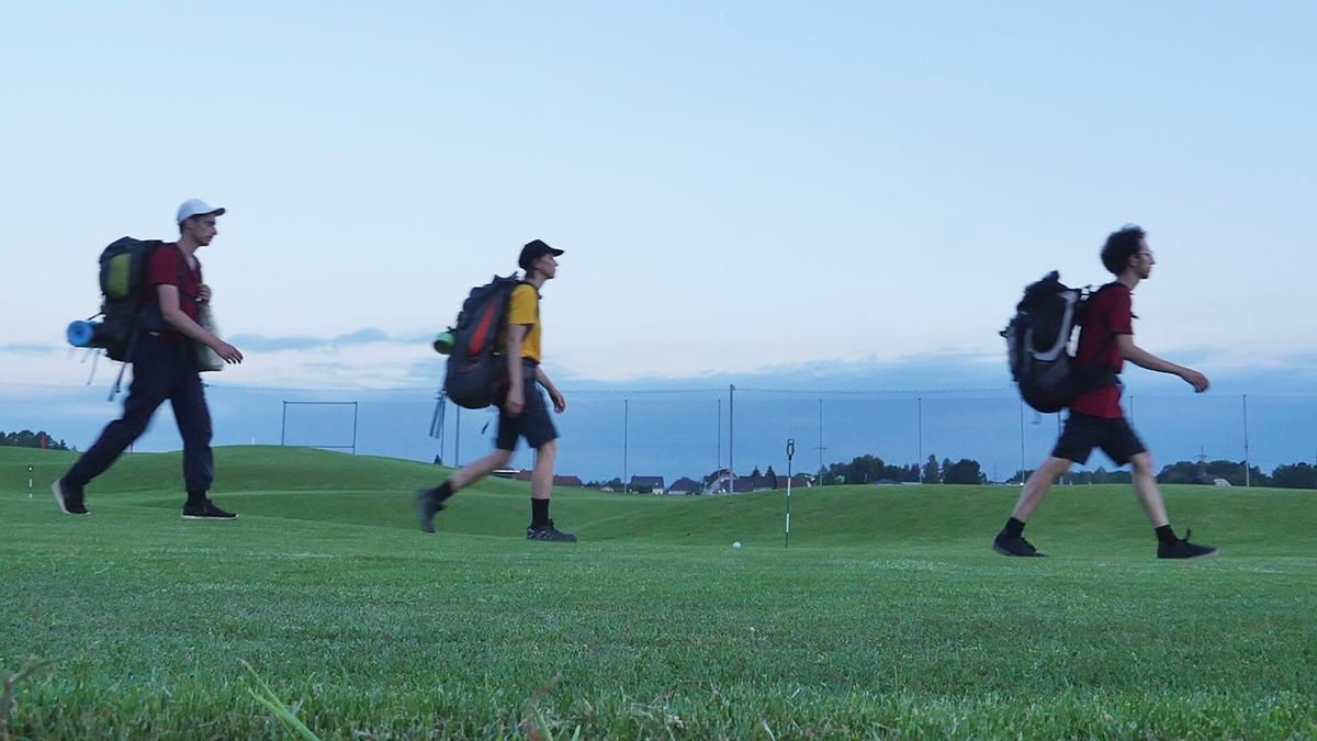 Grazrand: über den Golfplatz entlang der Stadtgrenze