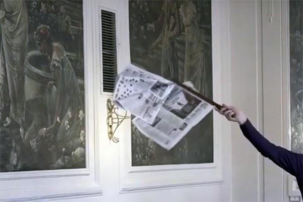 Filmstill: Boulevardstück - Adina Camhy, Kamera: Bárbara Palomino Ruiz, á la carte / insitut für transakustische forschung